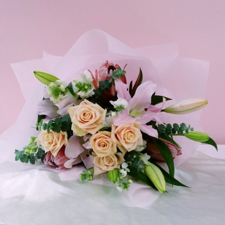 Bouquet - Roses and Lilies