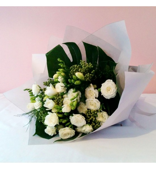 Bouquet White Spray Rose with freesia and berzealea