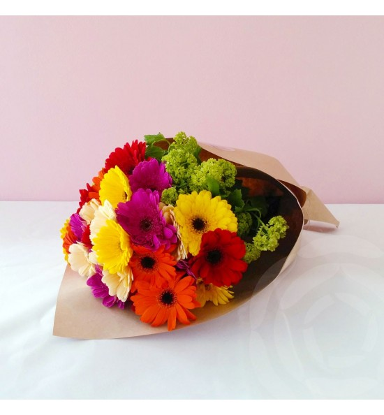 Bouquet - Mini Gerbera plus Greenery
