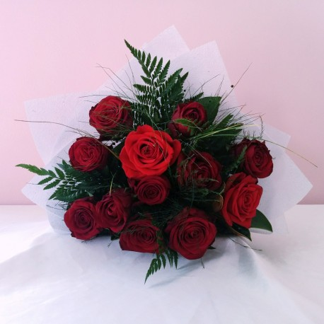 Roses - Classic Red