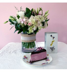 Posy, Organic Tea and Raw Cheese Cake