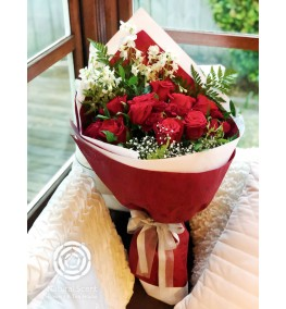 Bouquet - Grate Red Rose with gyp and greenery