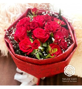 Bouquet - Red Roses with gyp